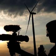 Kamerafrau Doerte Ulka Engelkes bei Dreharbeiten im Norden